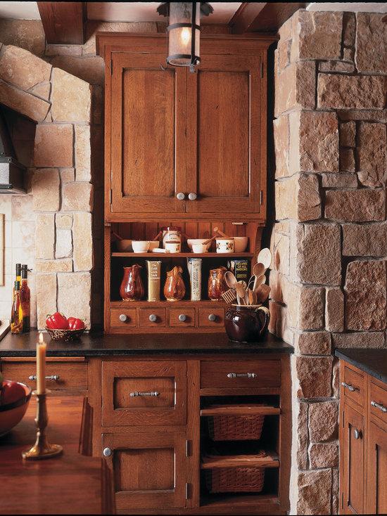 spanish-style kitchen | houzz