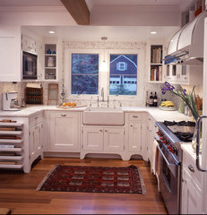 traditional kitchen by Urban Homes - Innovative Design for Kitchen & Bath
