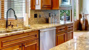 Traditional Kitchen with Moda Stone Collection