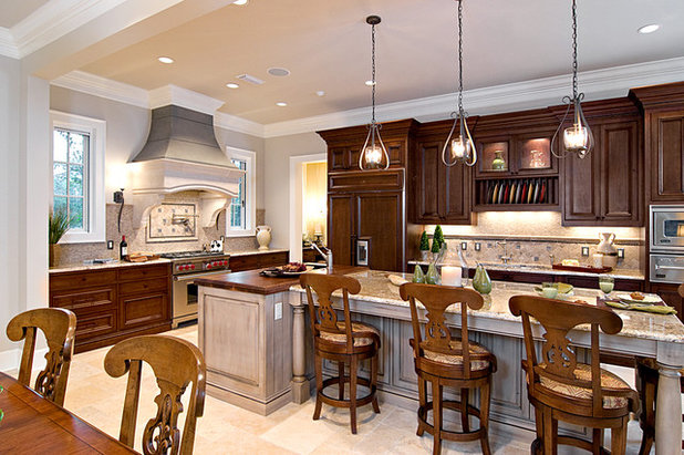 Kitchen Islands: Pendant Lights Done Right