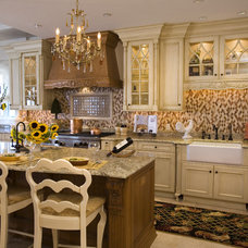 Traditional Kitchen by Tim Kriebel - KRIEBELDESIGN
