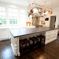 Traditional Kitchen by Munger Interiors