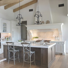 Traditional Kitchen by Cabinetry Essence
