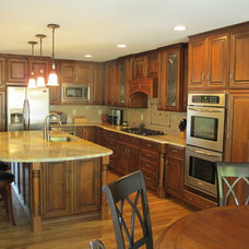 Traditional Kitchen by Custom Dwellings