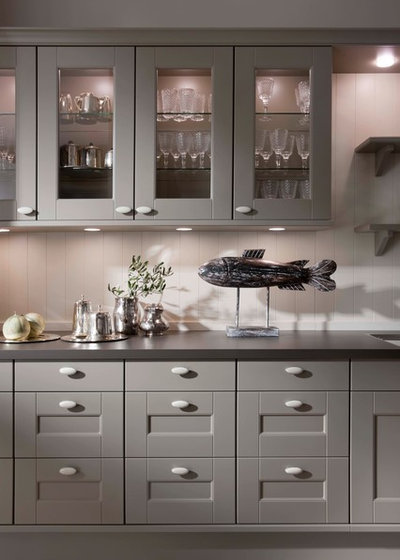 Traditional Kitchen by LEICHT New York