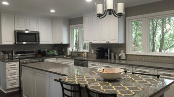 Traditional Style Kitchen Remodel- Gray & White Color Pallet
