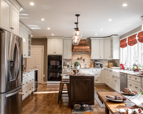 antique white kitchen | houzz