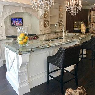 Traditional White Luxury Kitchen