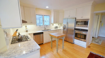 Traditional White Reface Kitchen