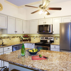 Kitchen by UB Kitchens - San Antonio