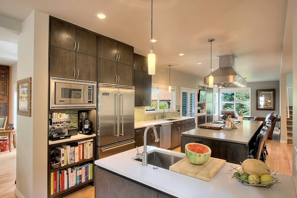 Contemporary Kitchen by Logan's Hammer Building & Renovation