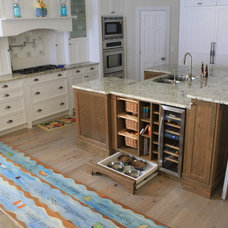 Tropical Kitchen by Euro Design Cabinet Systems Inc