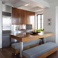 modern kitchen by Studio Garneau