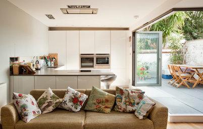 Warme Wohnküche mit Terrassenzugang in Brighton