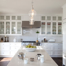 Traditional Kitchen by R. Cartwright Design