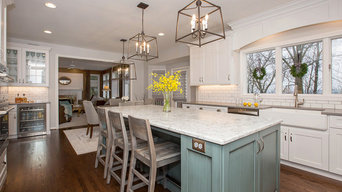 Transitional Farmhouse Kitchen in Evendale