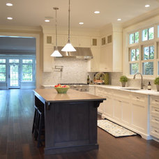Kitchen by Bella Cucina Designs LLC