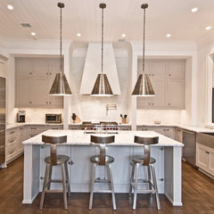modern kitchen by Benco Construction