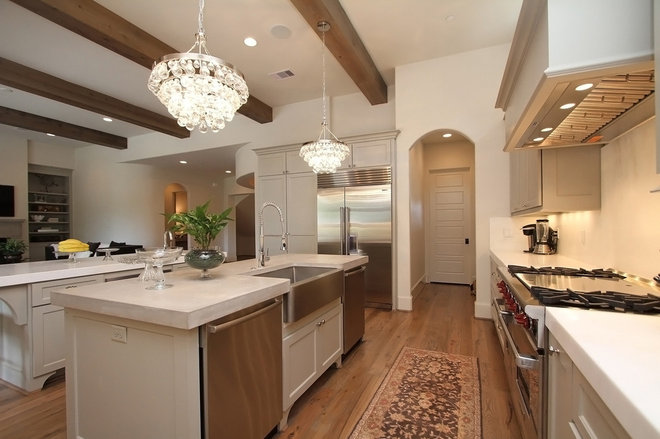 Contemporary Kitchen by Cason Graye Homes