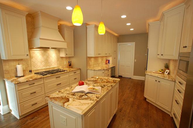 Traditional Kitchen by Hurst Design Build Remodeling