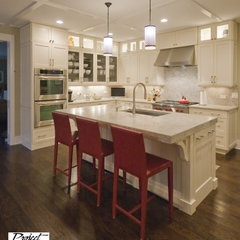 traditional kitchen by Project Partners Design, Inc.