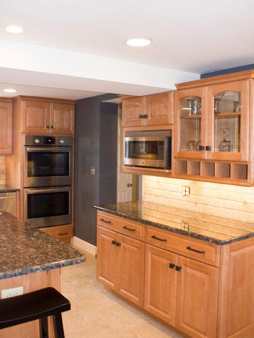 Kitchen Renovation Maple Ridge: Light Maple Traditional Kitchen Remodel