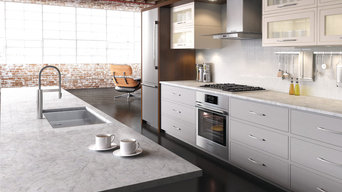 Transitional Kitchen with Industrial Elements and Bosch Appliances