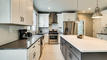 Transitional Kitchen with Quartz Countertops | Glenview, IL