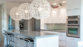 Transitional Kitchen with Urban Effects Cabinetry