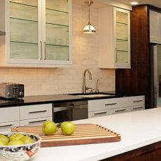 Transitional Kitchen by Jeremy Parcels - S&W Kitchens, Inc.