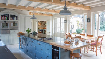 Transitional Style Country Kitchen, Buckinghamshire