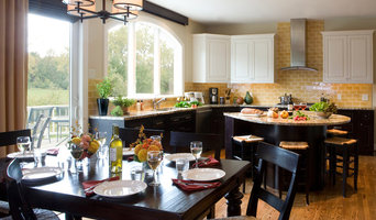 Transitional Tuscan Inspired Kitchen