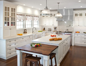 Transitional White Kitchen in NY