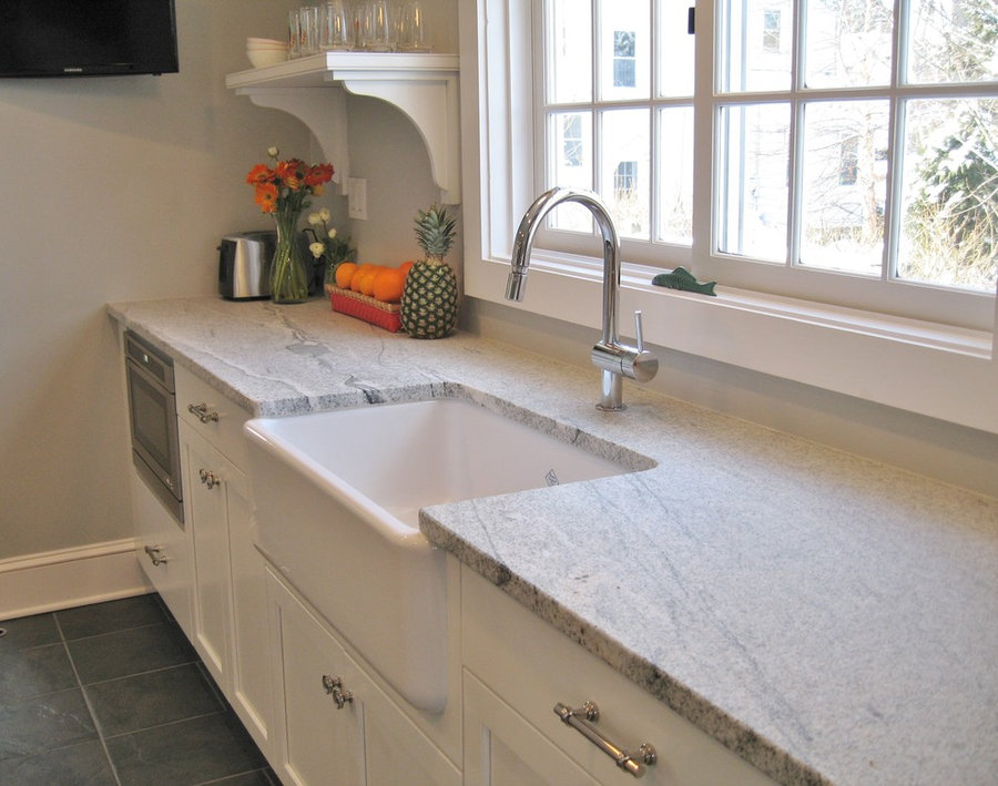 TRANSITIONAL WHITE KITCHEN IN PELHAM MANOR