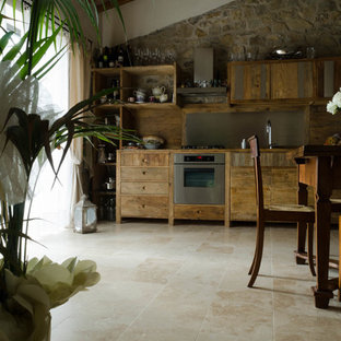 Travertine floors in country chic villa Tuscany