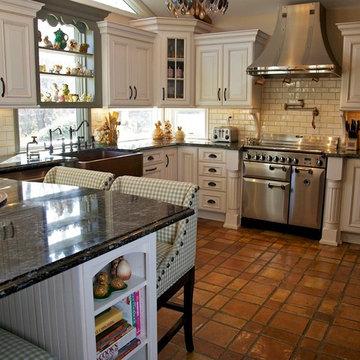 Tri Color Kitchen- All pics are property of Merri Interiors, Inc.