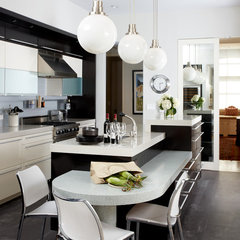 contemporary kitchen by CWB Architects