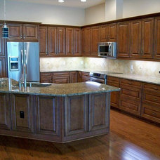 Traditional Kitchen by Norm Walters Construction Inc.