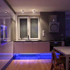 Modern Kitchen by Martin Hulala