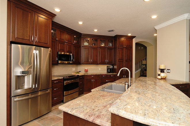 Traditional Kitchen by Brooke Eversoll, CKD, CBD – S&W Kitchens, Inc.