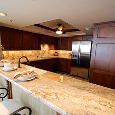 Tropical Kitchen by Brooke Eversoll, CKD, CBD – S&W Kitchens, Inc.