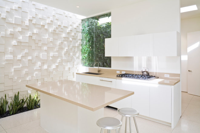 Contemporary Kitchen by Swift Lee Office