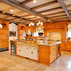 Farmhouse Kitchen by Trueblood Design-Build