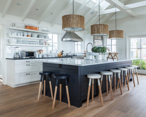 Cathedral ceiling kitchen houzz for Cathedral ceiling kitchen designs