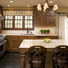 Traditional Kitchen by Amber Ranzau