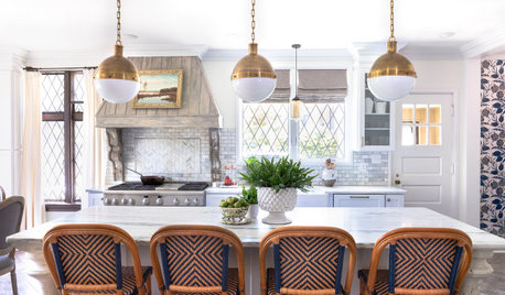 Kitchen of the Week: Hand-Painted Range Hood and Classic Finishes
