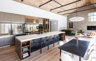 Kitchen and Great Room Celebrate Wood, Steel and Natural Light