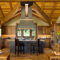 Rustic Kitchen by Centre Sky Architecture Ltd