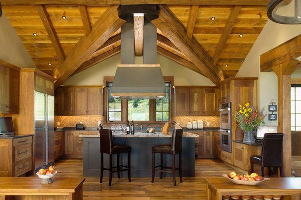 Rustic Kitchen by Centre Sky Architecture Ltd