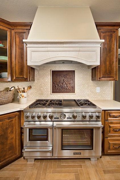 Traditional Kitchen by Elle Interiors, Ellinor Ellefson